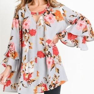 Floral Tunic with buttoned Keyhole, Jodifl